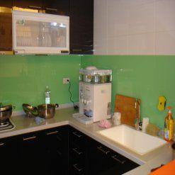 Kính màu ốp bếp quận 3