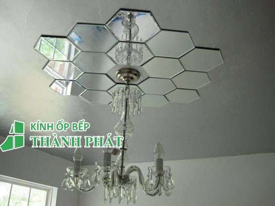 Gương ghép trang trí trần nhà