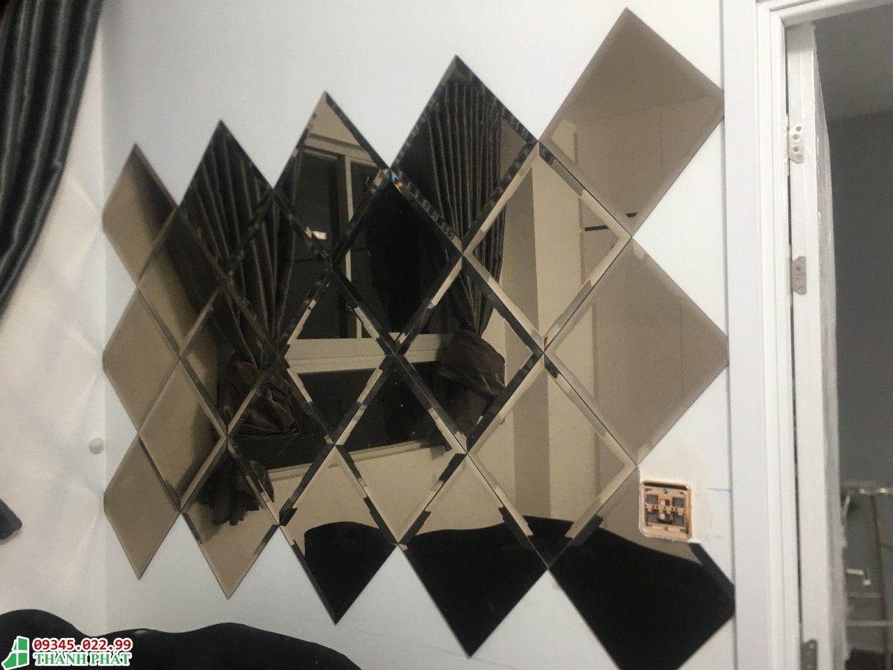 Gương ốp tường