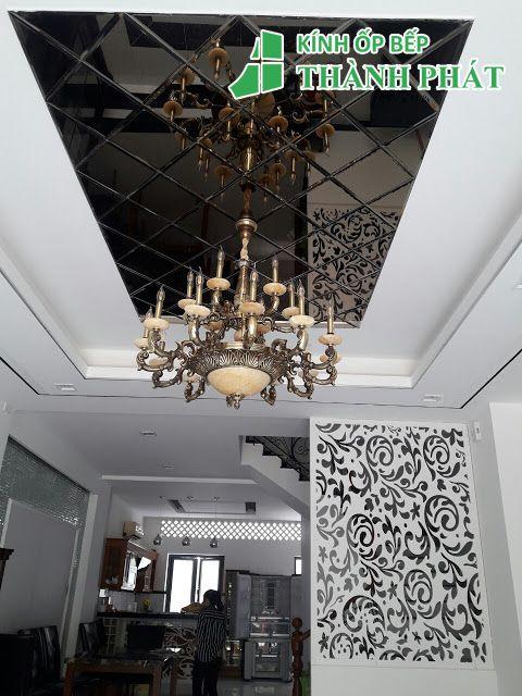 Kính thủy trang trí cho trần nhà