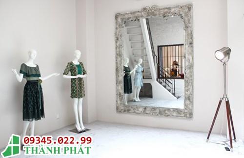 gương trang trí cho shop thời trang