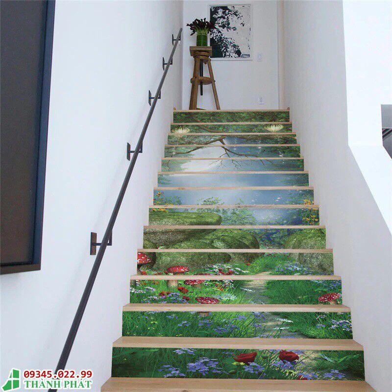 Trang trí cầu thang bằng kính