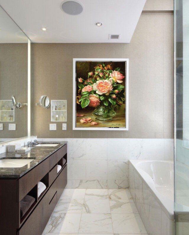 Mẫu tranh kính treo nhà tắm ấn tượng