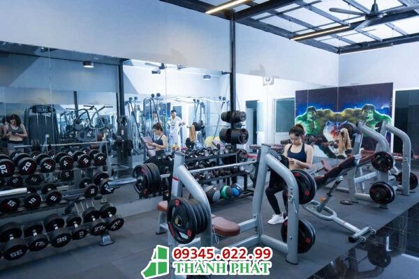 gương kính phòng gym